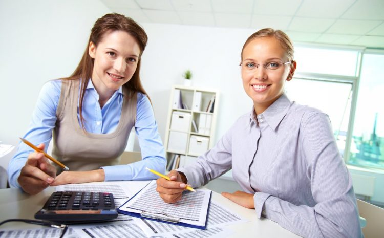 Benefits of Using an Accounting and Bookkeeping Service